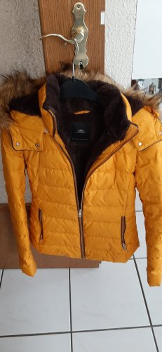 Zara Chaqueta de invierno naranja dorado-naranja claro