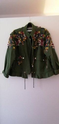 Zara Jacke khaki Blumen