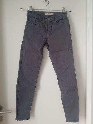 Zara Dopasowane jeansy ciemnoszary