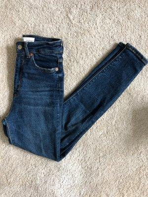Zara Jeans denim Gr. 34 wie neu