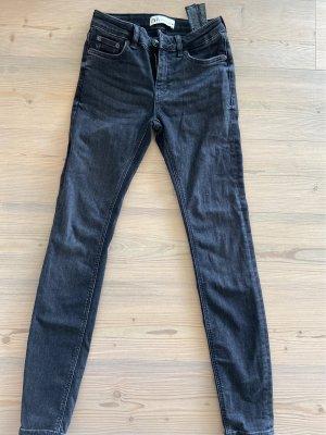 Zara Jeans Gr. 34