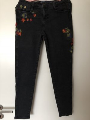 Zara Jeans Größe 36 schwarz
