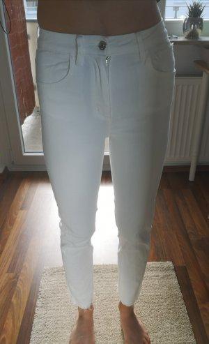 Zara Jeans in weiß, Gr. 34