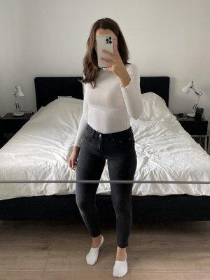 Zara Jeans Mid Waist schwarz Gr. 36