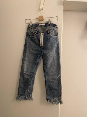 Zara Jeans mit Fransen