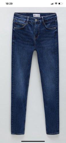 Zara Jeans Neu mit Etikett