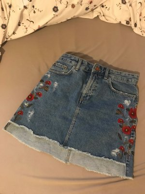 ZARA Jeans Rock mit Blumen Größe M blau rot