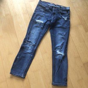 Zara Jeanshose Gr 34 blau ripped usedlook Löcher Jeans Hose