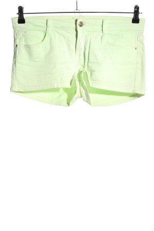 Zara Jeansshorts grün Casual-Look