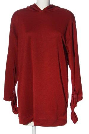 Zara Vestido con capucha rojo look casual