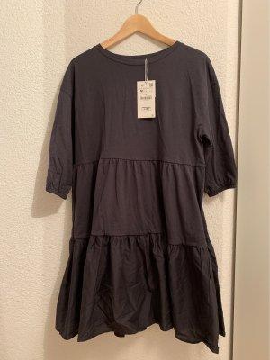 Zara Sukienka z rękawem balonowym szary-antracyt