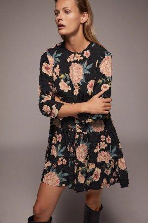 Zara Kleid Blumen Herbst neue Kollektion Volant Gr. M floral Blogger chloe-esque Influencer