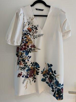 Zara Kleid Blumenprint