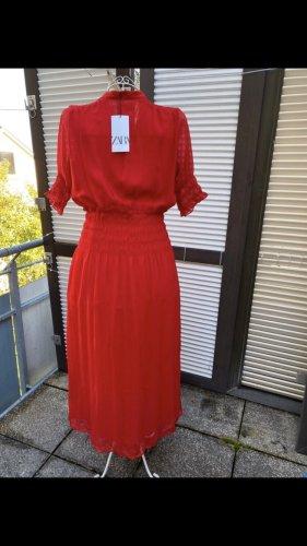 Zara Robe chiffon rouge
