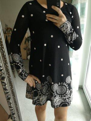 Zara Kleid Gr.xs/s