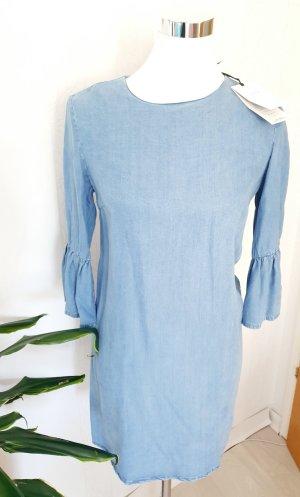Zara Kleid in Jeansoptik Gr.xs fällt größer aus Neu mit Etikett