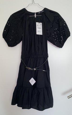 Zara Kleid Minikleid Lochstickerei mit Gürtel Volant neu schwarz XS 34