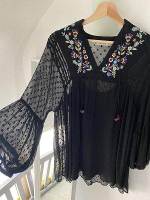 Zara Kleid mit Blumenstickerei