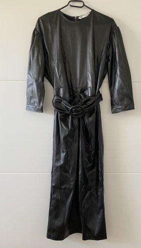 Zara Kleid mit Gürtel