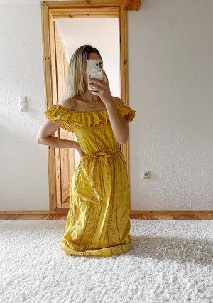 ZARA Kleid mit Lochstickerei Stickerei Spitze Lace Trend Blogger Musthave