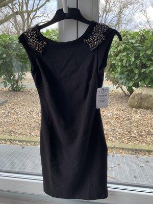 Zara Kleid mit Rückenauschnitt