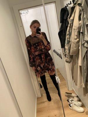 Zara Kleid mit Spitze und Blumenmuster