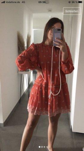 Zara Kleid mit Stickereien