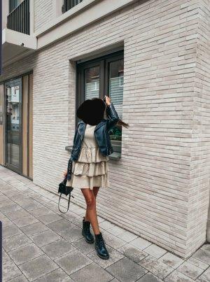ZARA Kleid mit Volant Satin Basic Trend Blogger Musthave