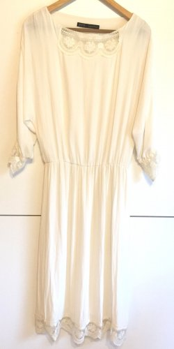 Zara Kleid Romantic LOOK