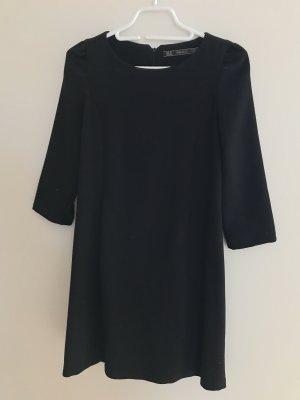 Zara Kleid schwarz