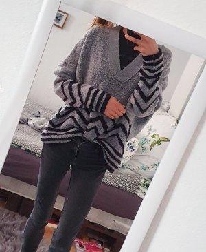 Zara Knit Oversizedsweater in grau