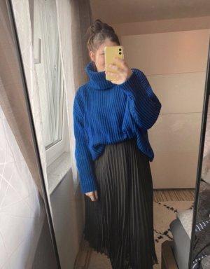 Zara Knit Rollkragenpullover blau-schwarz Streifenmuster Casual-Look