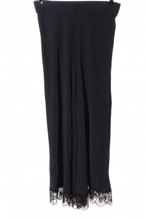 Zara Knit Stretchhose lila-schwarz Casual-Look