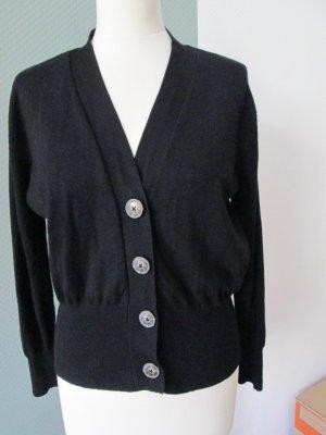 Zara Knit Strickjacke mit großen Knöpfen neuwertig Gr. M