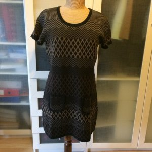 ZARA Knit Strickkleid Gr. 40 top