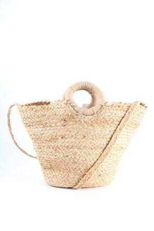 Zara Basket Bag cream casual look