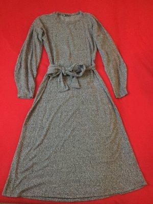 ZARA küschelige Kleid