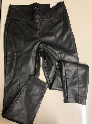 ZARA Kunst Leder leggings in Größe L neu