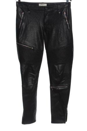 Zara Kunstlederhose schwarz Streifenmuster Casual-Look