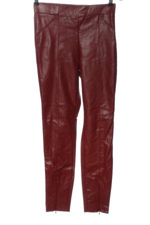 Zara Kunstlederhose rot Casual-Look