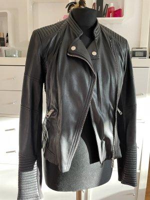Zara Chaqueta de cuero de imitación negro