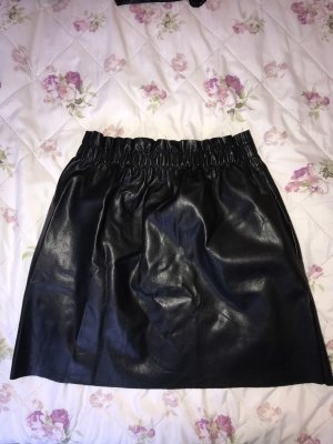Zara Jupe en cuir synthétique noir