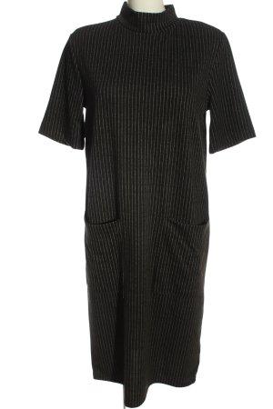 Zara Kurzarmkleid schwarz-weiß Streifenmuster Business-Look