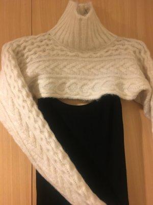 Zara kurzer Pullover