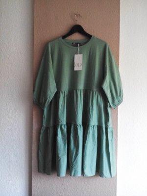 Zara kurzes Kleid in hellgrün aus 100% Baumwolle, Größe M, neu