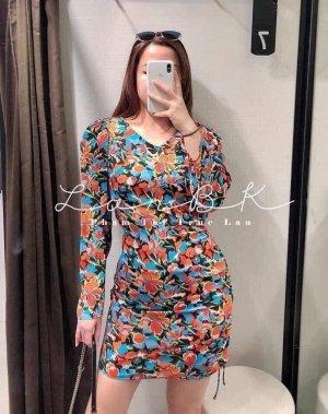 Zara kurzes Kleid mit Print in S