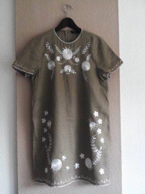 Zara kurzes Sommerkleid aus 100% Leinen mit Blumenstickerei, Größe M, neu