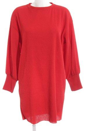 Zara Langarmkleid rot extravaganter Stil