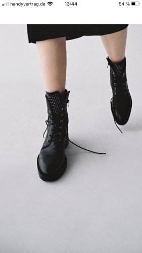 Zara Leder Boots Gr. 39, Nieten