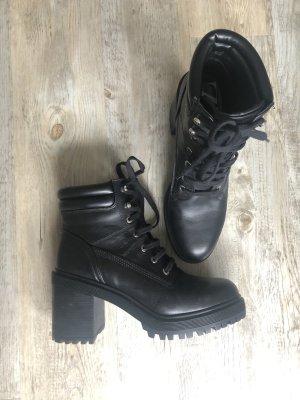 Zara Leder Plateau Boots / Stiefeletten